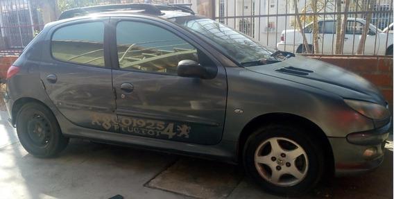 Peugeot 206, 2007, 1.6 Para Reparar O Para Repuestos.