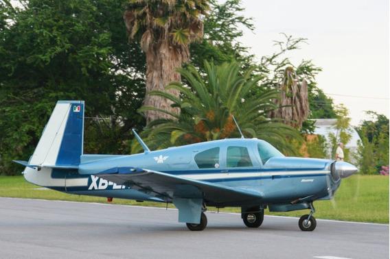 Excelente Avión Para Viajar, Rápido Y Económico, Muy Cómodo