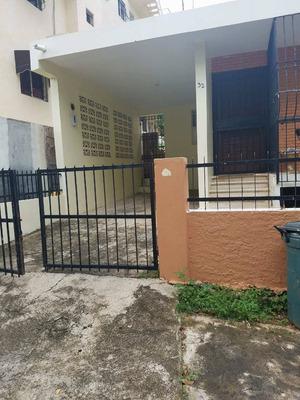 Casa En Vista Hermosa , Santo Domingo Este