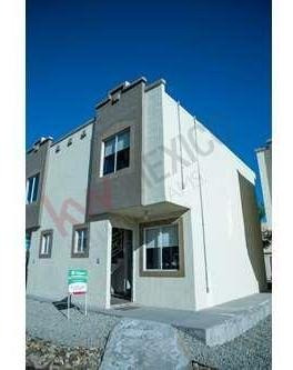 Casa En Venta Tijuana, Natura. Tipo Duplex De 2 Recamaras, Con Patio Y Con Opcion De Terreno Excedente