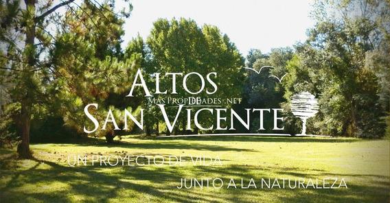 Terreno Perimetral Con Construcción En Altos De San Vicente