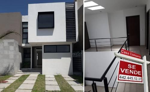 Se Vende Hermosa Casa En Real Del Bosque, Doble Altura, 3 Recámaras, Jardín...