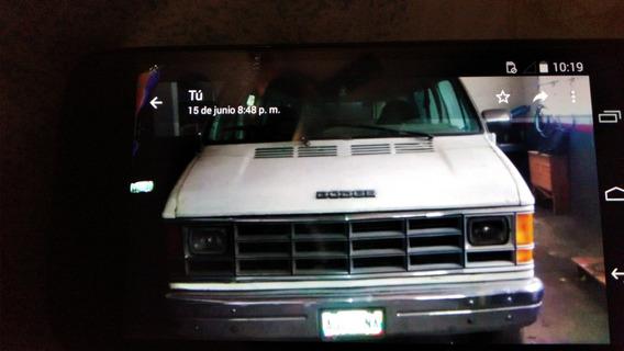 Dodge Ram Van Van 15 Puesto