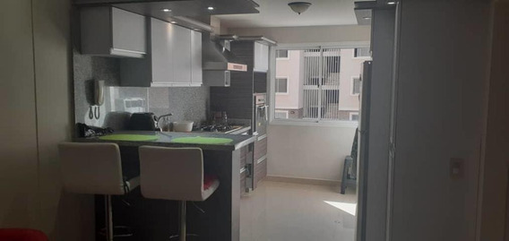 Mariel Vega Rentahouse Lara Vende Apartamento 20-2695