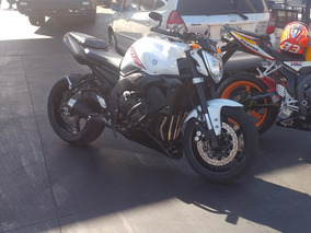 Yamaha Fazer 1000 Naked