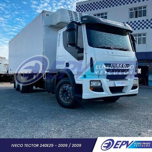 Imagem 1 de 9 de Iveco Câmara Fria Tector 240e25