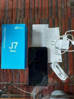 Celular Samsung J7 Neo En Perfecto Estado