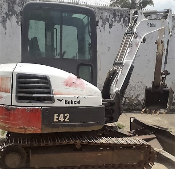 Mini Escavadeira Bobcat E42 2012