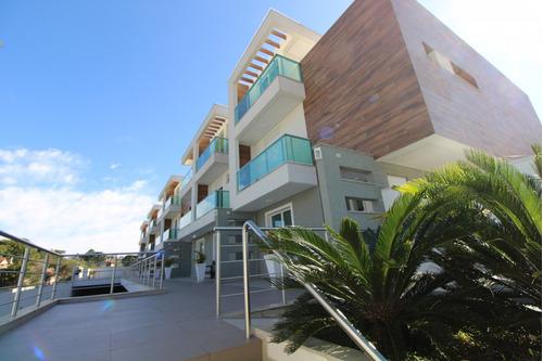 Sobrado Em Condomínio Com 3 Dormitórios À Venda Com 243m² Por R$ 1.090.000,00 No Bairro Mercês - Curitiba / Pr - Sob0128
