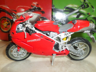 Motos A Escala 1:12 New Ray Coleccion .