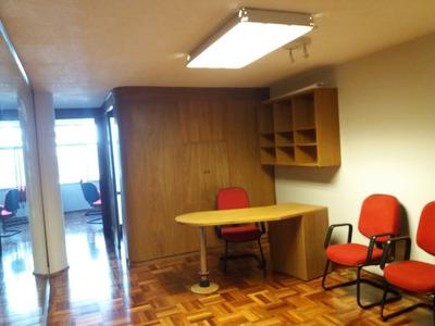 Impecable Oficina Y Edificio Totalmente Equipada Y Amueblada