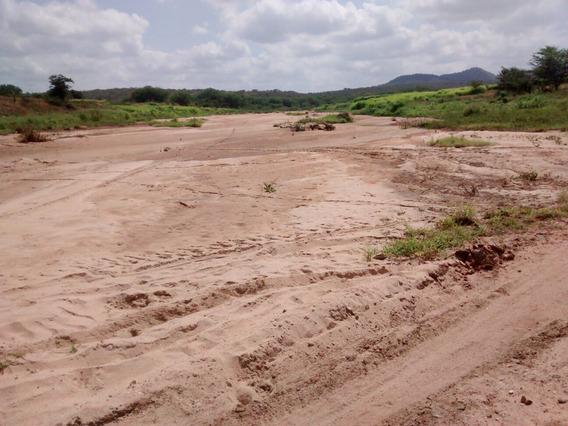 Área Para Extração De Areia - Rio Taperoá - Paraíba
