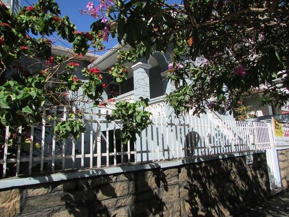 Casa Para Aluguel, 3 Quartos, 2 Vagas, Funcionários - Belo Horizonte/mg - 13982