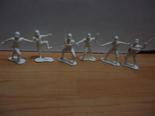 6 Figuras Miniaturas Ninja Blanco