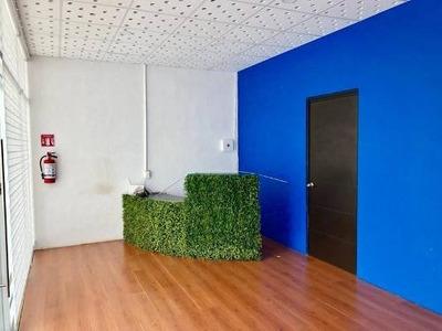 Local /oficina En Renta En Plaza Comercial En Puerto Cancun Sobre Av. Bonampak