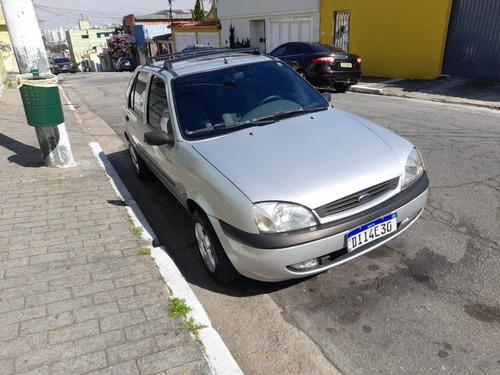 Ford Fiesta 2002 C/ Ar Cond