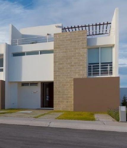 Casa Renta Zakia Privada 4 Rec 4 Baños Frente Nuevo Seguro