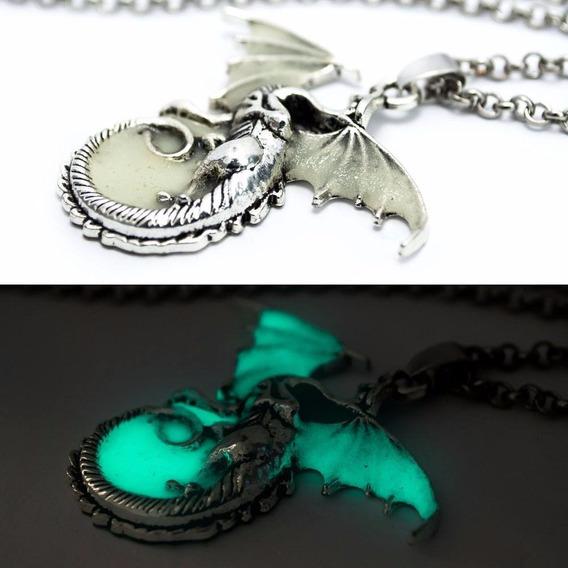 Colar Targaryen Dragão Fluorescente Cor Prata