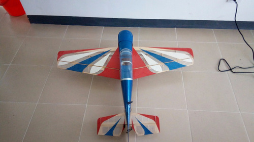 Imagen 1 de 3 de Avión Acrobático 40  Rc