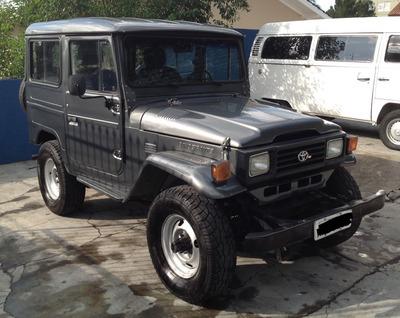 Toyota Bandeirantes 98 4x4 Jeep Curto