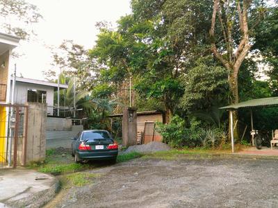Propiedad A 800 Mts. Del Hospital De San Carlos, Zona Verde