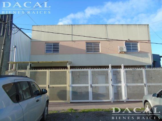 Oficina / Consultorios En Alquiler En Ensenada Bosinga E/ Liniers Y Barragan Dacal Bienes Raices