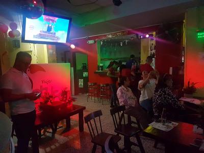 Discoteca, Capacidad 200 Personas