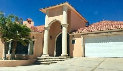 Hermosa Casa En Fracc. Exclusivo, En Arcadas