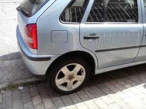 Volkswagen Gol 1.8 5p