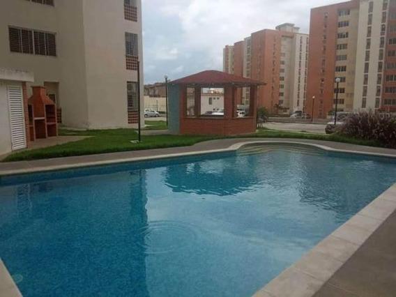 Apartamento En Venta Mañongo Pt 19-11918