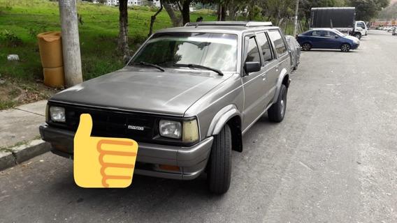 Se Vende Hermosa Camioneta Mazda B2000