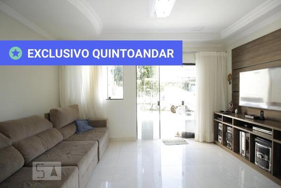 Casa Mobiliada Com 3 Dormitórios E 4 Garagens - Id: 892957623 - 257623