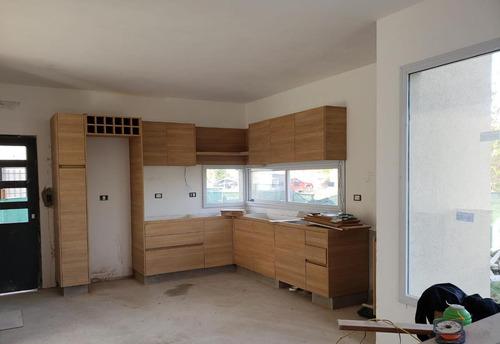 Casa En Venta Con Renta En El Canton Puertos Con Pileta.