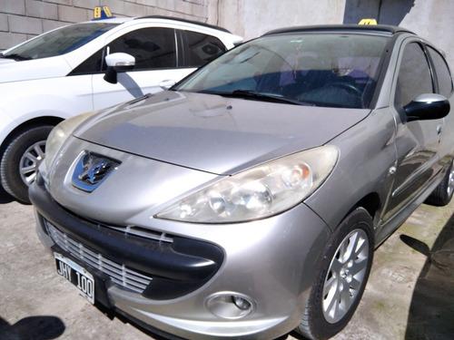 Robyana| Peugeot 207 2010 1.6 Xt| Ne