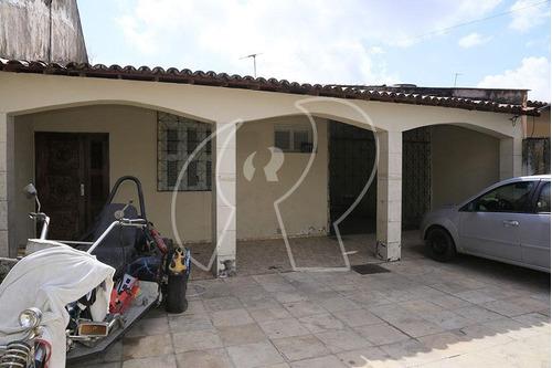 Casa Com 3 Dormitórios À Venda, 138 M² Por R$ 500.000 - Sapiranga - Fortaleza/ce - Ca0326