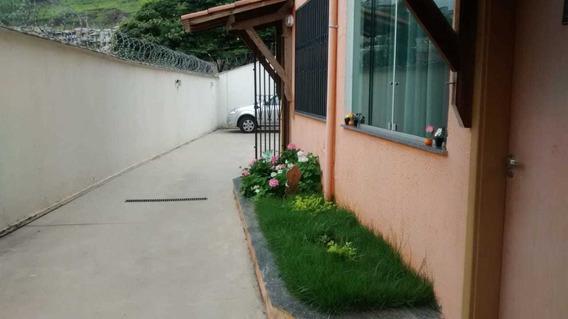 Casa Geminada Coletiva Com 2 Quartos Para Comprar No Nazaré Em Belo Horizonte/mg - 924