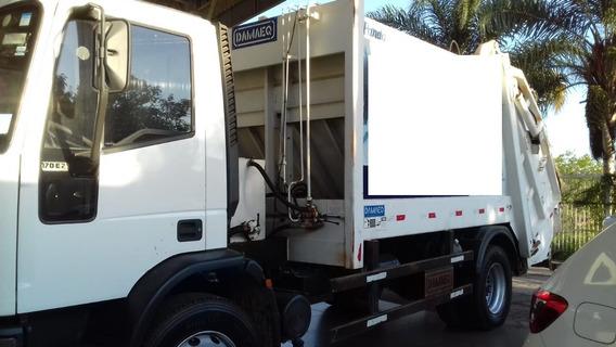 Caminhão Compactador Iveco 170e22 2011/2011