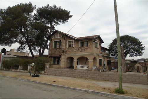 Venta De  Casona  Antigua Ubicada En La Calera.