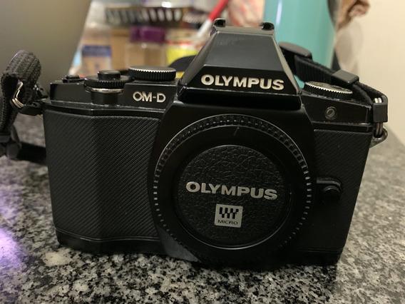 Camera Olympus Omd Em5 Só Corpo + Flash