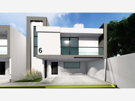 Casa Sola En Venta Zerezotla, San Pedro Cholula, En Residencial Xixitla