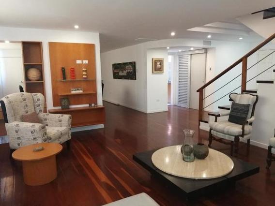 Apartamentos En Alquiler La Lago 20-10191 Andrea Rubio