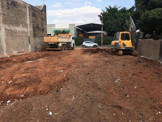 Terreno Rodovia Caraguatatuba Troco Condominio / Apartamento