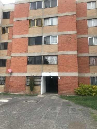 Departamento En Venta Unidad Habitacional Bellavista , Iztapalapa. Cdmx.