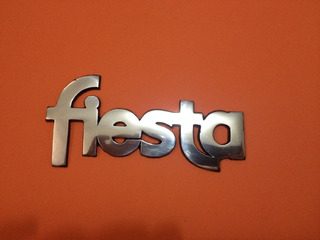 Emblema Fiesta Balita En Metal Pulido