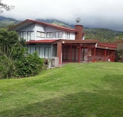 Se Alquila Casa De Campo Dana Las Nubes Cascajal De Coronado