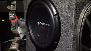 Subwoofer Pioneer 12 Pulgadas 1400 W 400 Rms Simple 4 Ohm