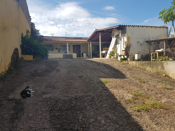 Casa A Venda No Bairro Parque Aquatico I - Lindoia/sp