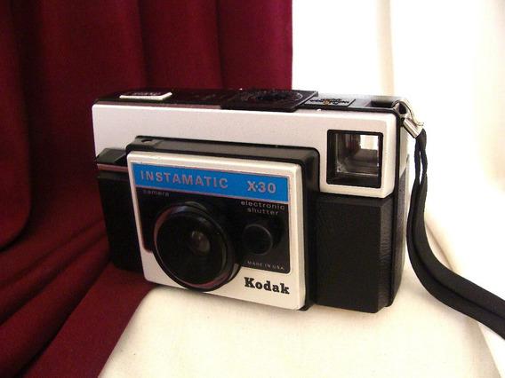 ~ Bonita Cámara Kodak Instamatic X-30 Vintage / Retro ~