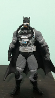 Figura Batman Hush Tactical Suit