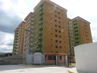 Apartamento En Venta Av Intercomunal Turmero Hecc 15-12419